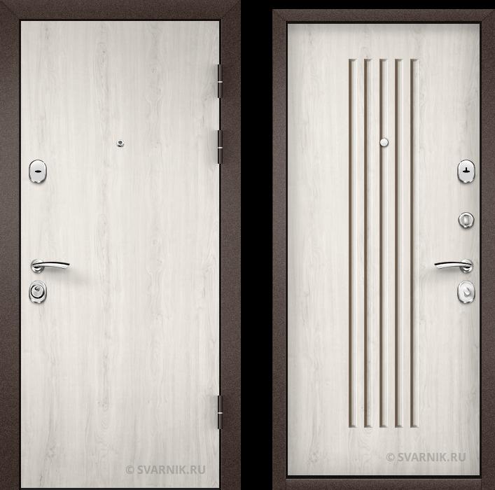 Дверь входная правая в квартиру ламинат - массив