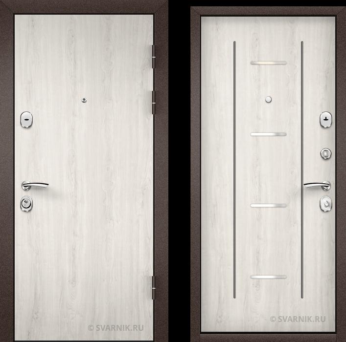 Дверь металлическая правая в коттедж ламинат - шпон