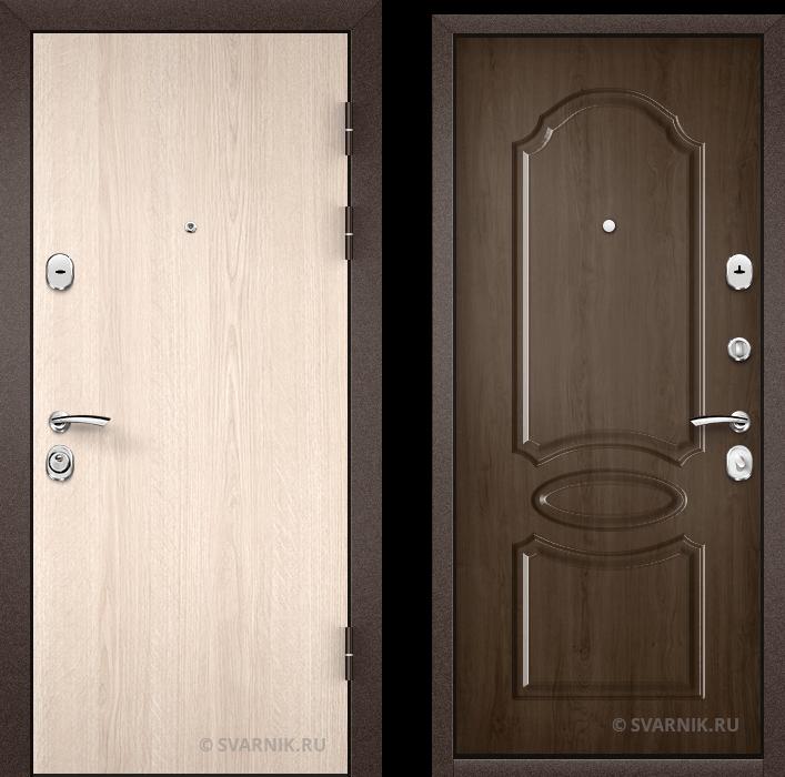 Дверь входная вторая на дачу ламинат - массив